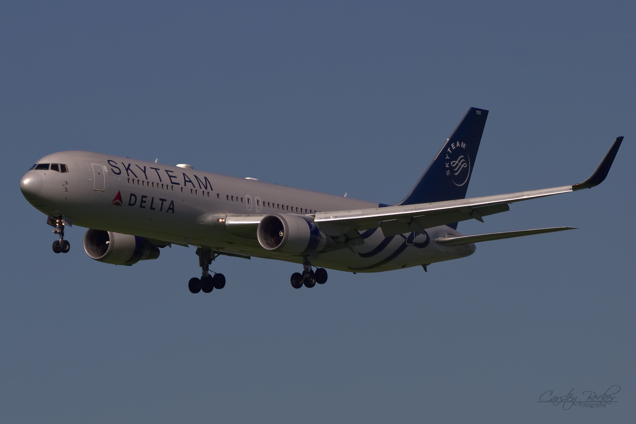 Delta Airlines B767 N175DZ Skyteam