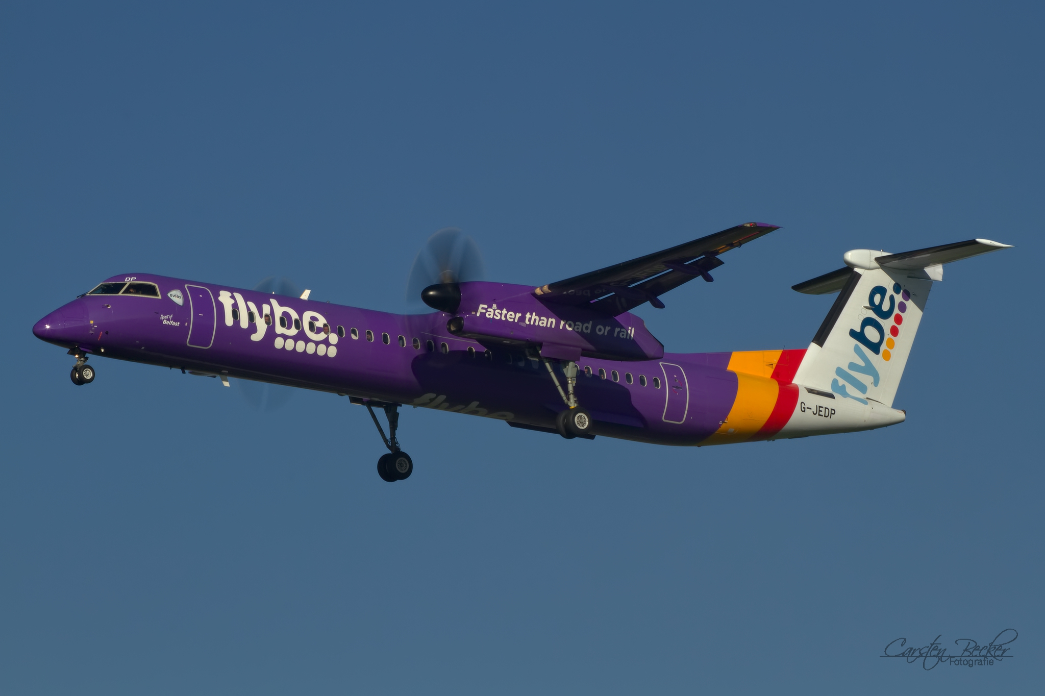 Flybe Dash8 G-JEDP