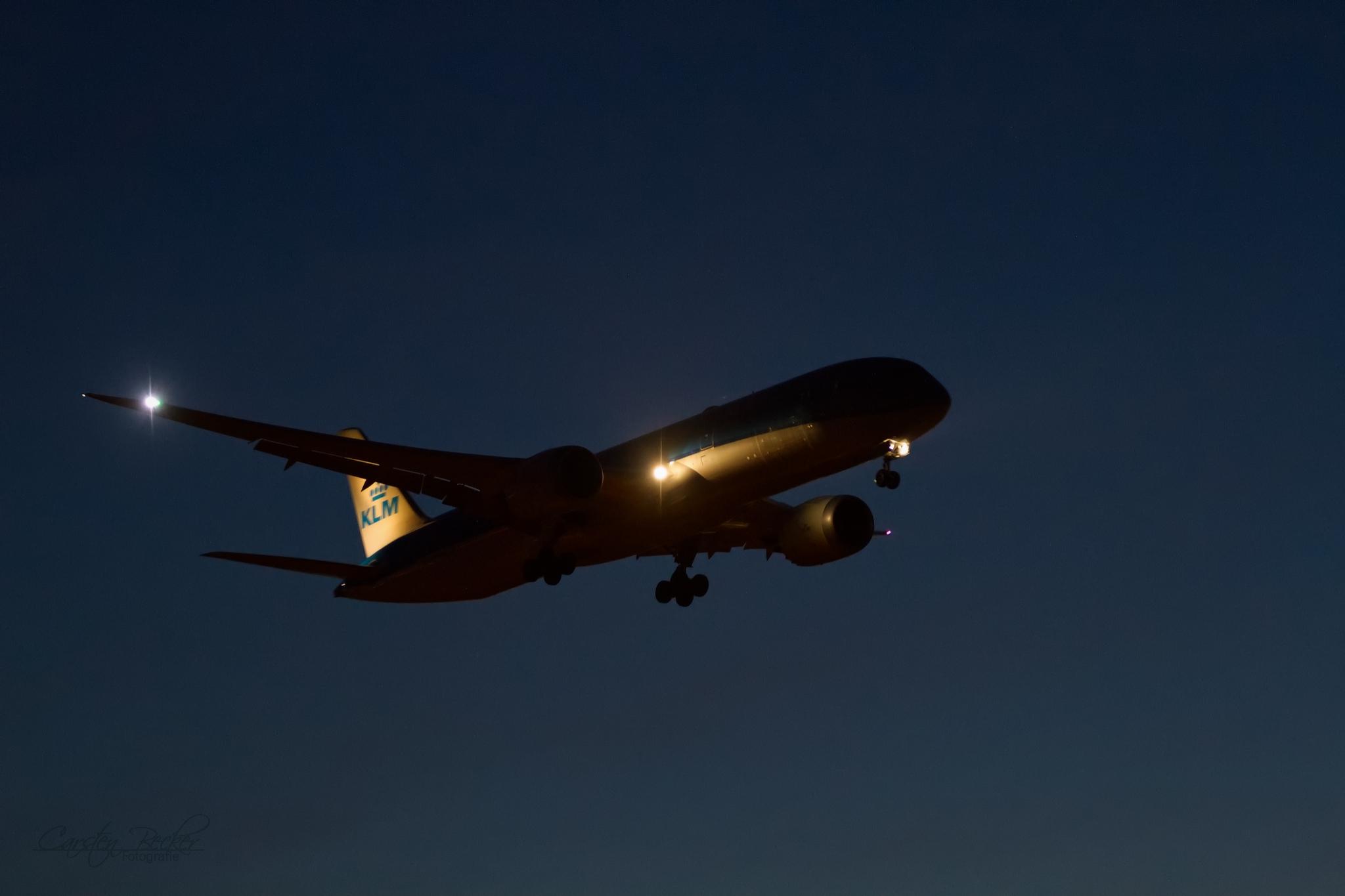 KLM B787 PH-BHI